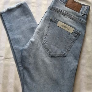 Zara Man denim skinny fit raw hem beaded, distrssd